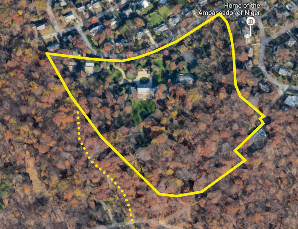 Rockefeller Mansion; Yellow outline marks property boundary. Google Maps image