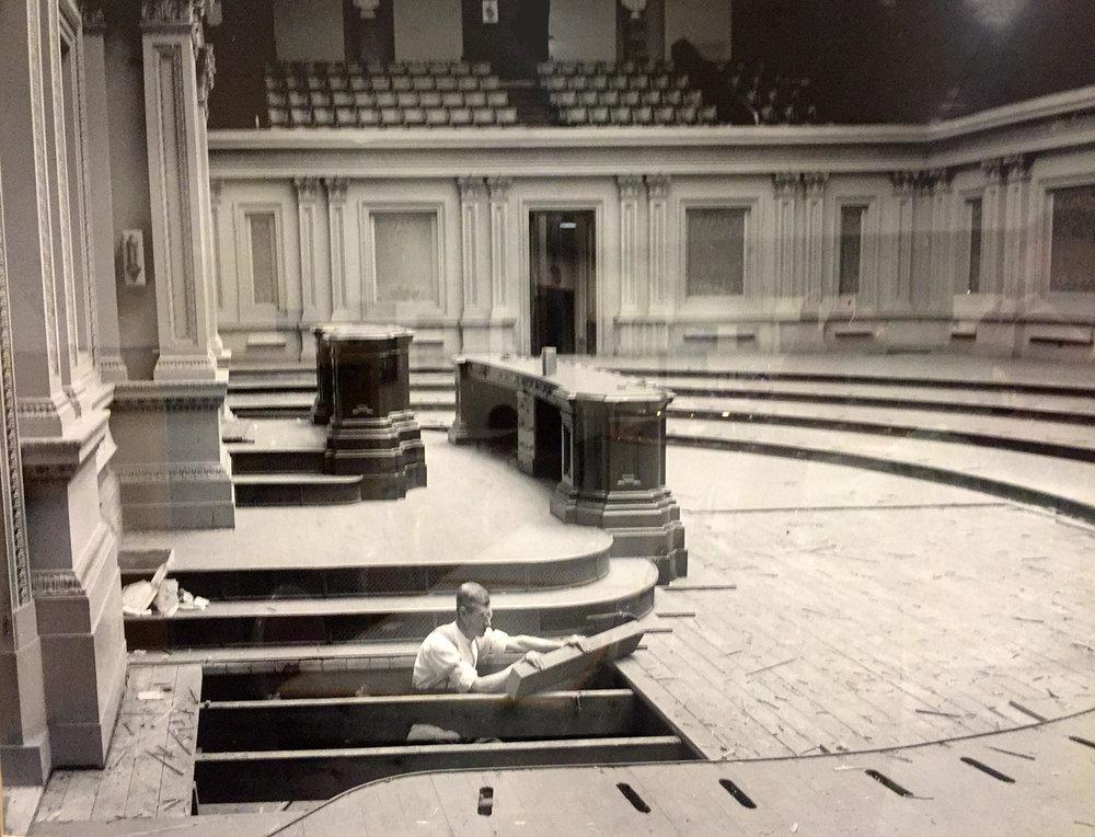REBUILDING THE SENATE FLOOR IN 1923. LIBRARY OF CONGRESS PHOTO