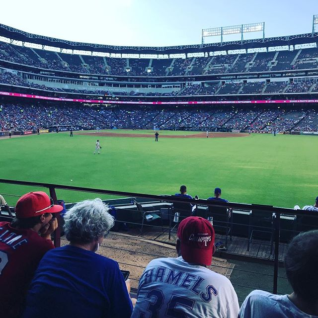 Enjoying the #texasrangers Go Rangers!