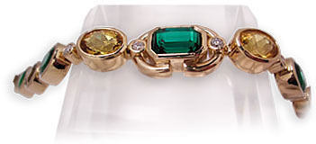 18 karat Yellow Gold with colored Gemstones