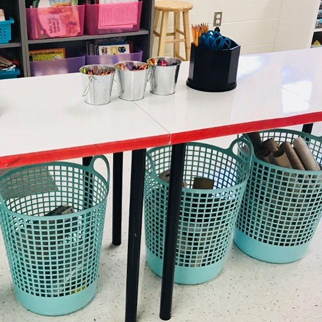 I've stored STEM materials in many different ways over the years, but my favorite storage option continues to be an idea from my friend @megan_eno . Laundry hampers! They are perfect for recyclable materials like cardboard, paper towel rolls, fabric, and plastics. Students take ownership of their Makerspace right away and are always looking for recyclables they can bring in from home to donate. I send out a list of materials we use at the Makerspace to families in case they would like to donate something. It's a freebie in my store, so I'll link it in my profile!☺️👍🏻 . . . How do you store STEM materials? Any tips for others? Share below!