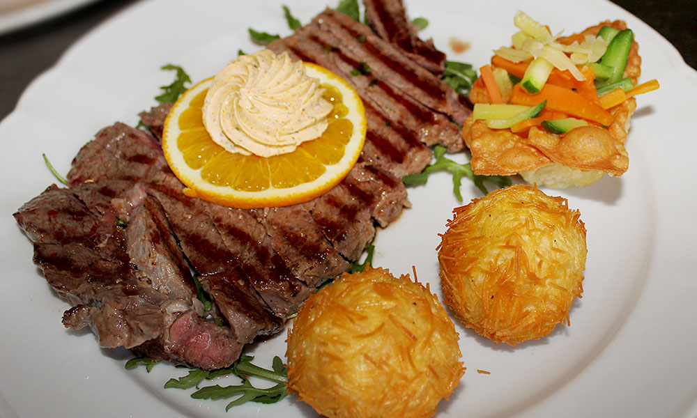 gk-slider4-restaurant-hochlandrind-steak-zucht.jpg