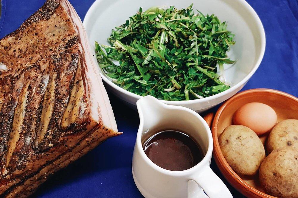 pfitscher-loewenzahn-salat-ingredientien-2.jpg