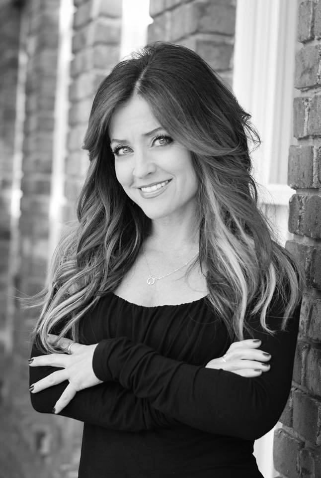 Roberta Donahoe - stylist | extension specialist