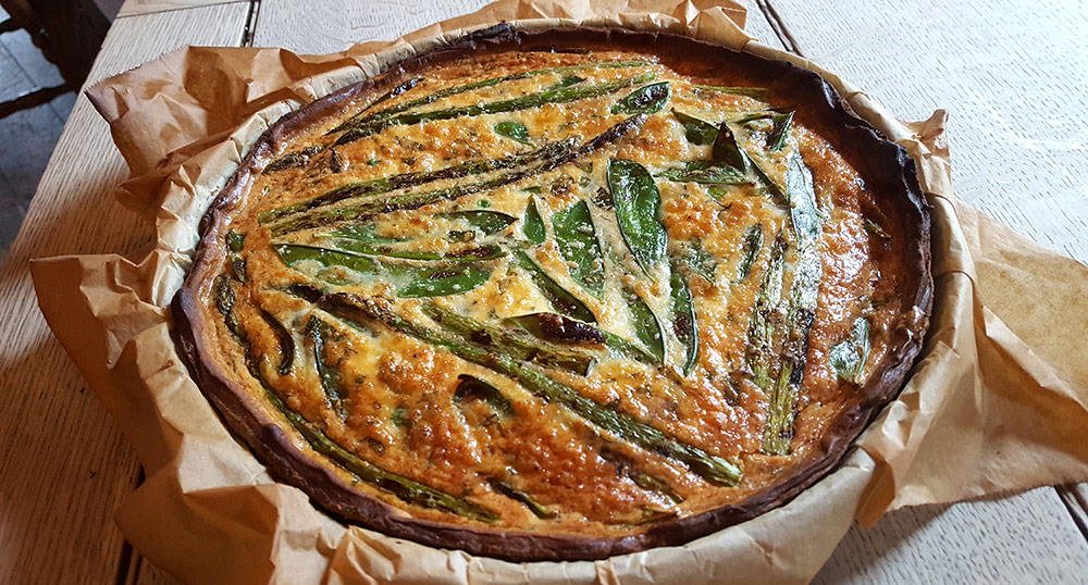 Asparagus, fresh pea, mange tout and fresh mint tart