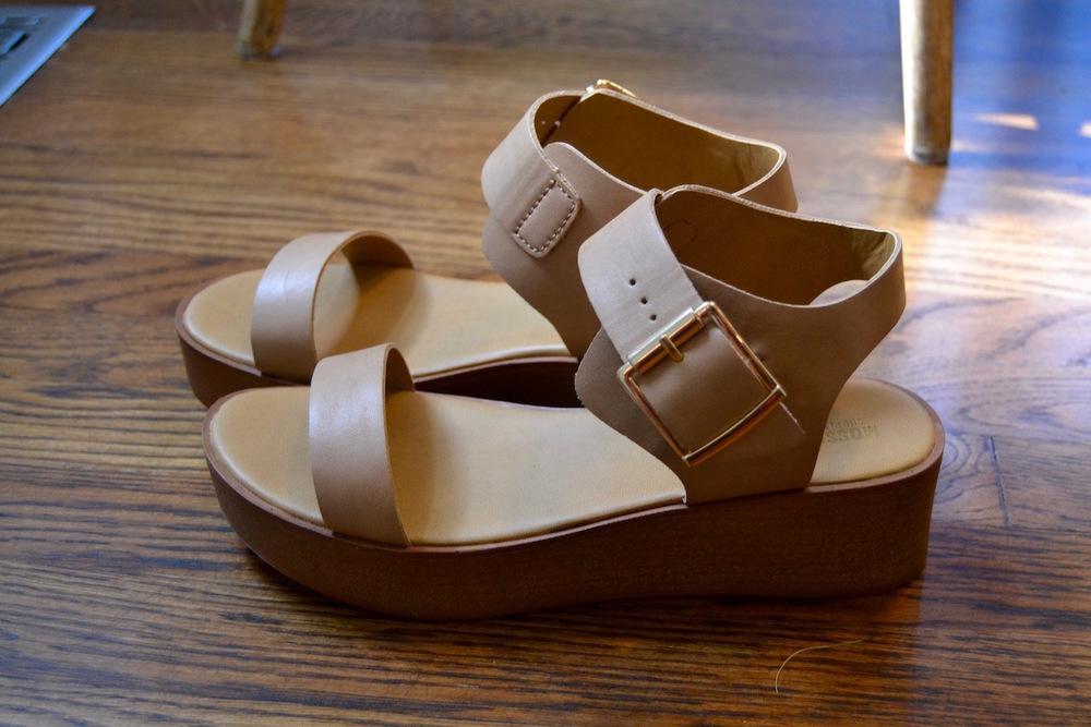 leather-platform-shoes