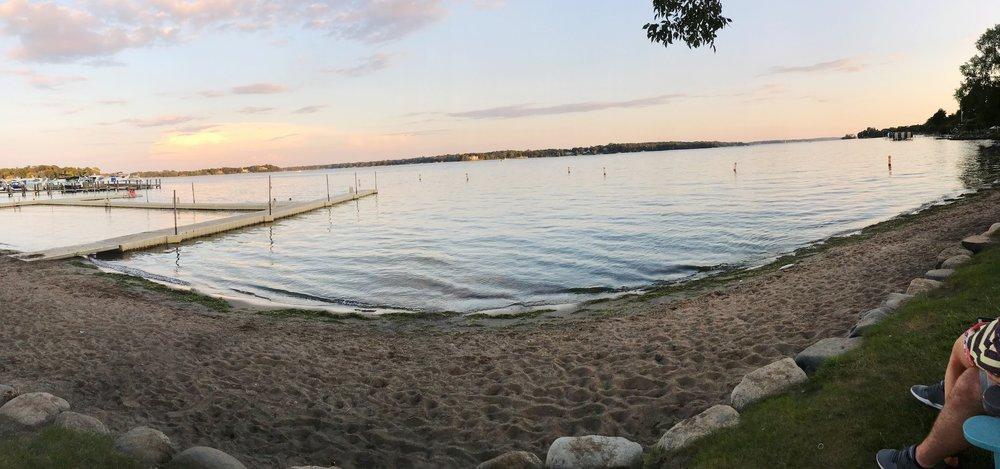 minneapolis-lake-minnetonka.JPG