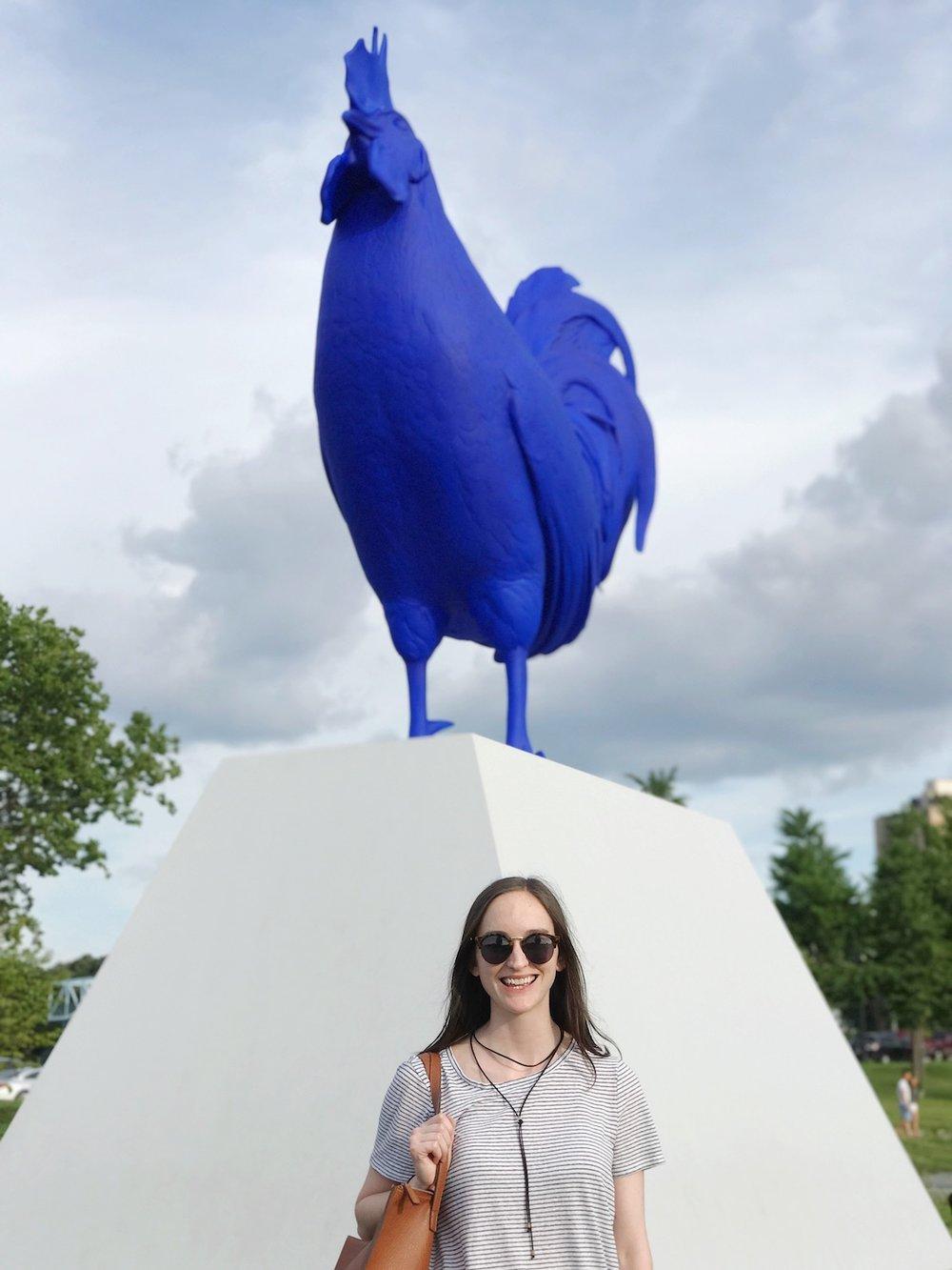 blue-chicken-statue-minneapolis.JPG