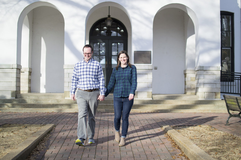 oxford ms courthouse engagement photos.jpg