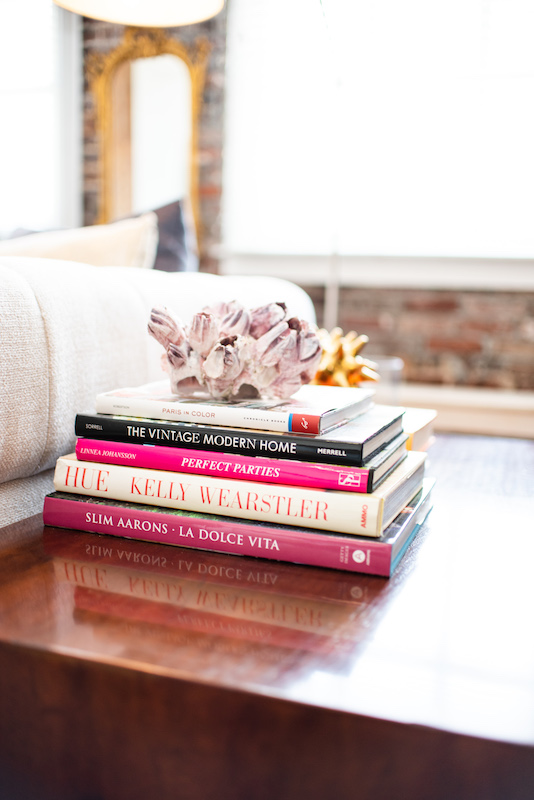 Book Styling in Memphis Homes