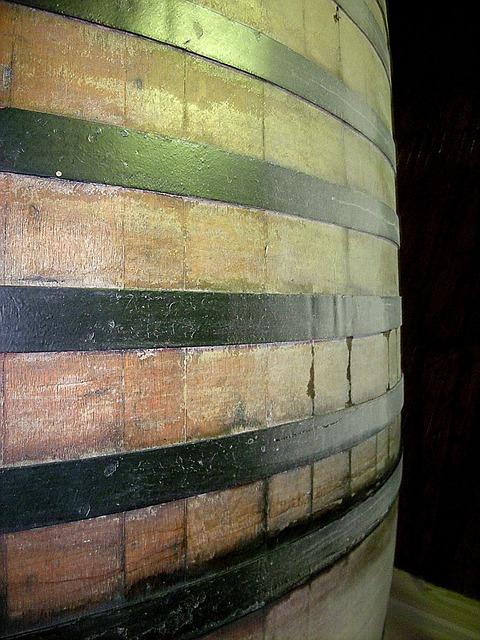 barrel-14051_640.jpg