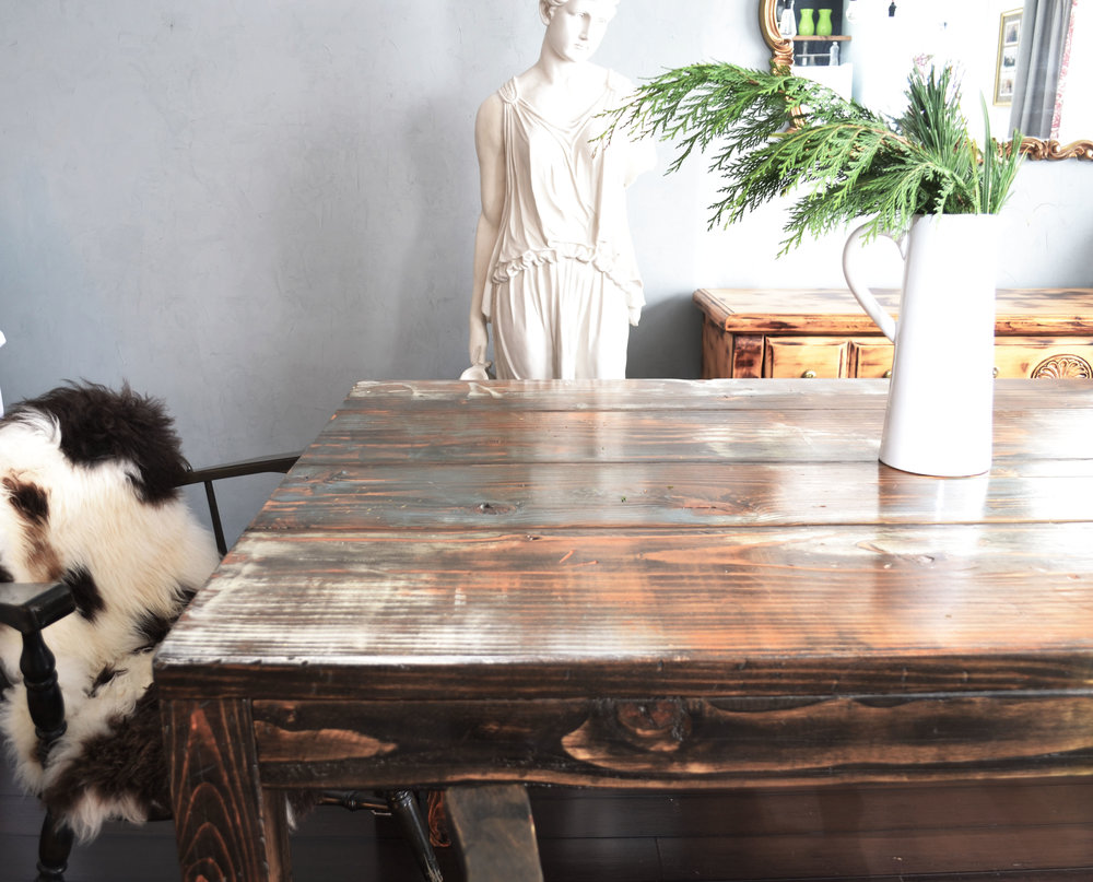 DIY Distressed Farmhouse Dining Table