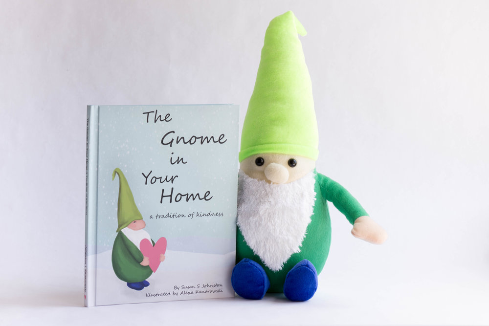 Gnome and Book2.jpg