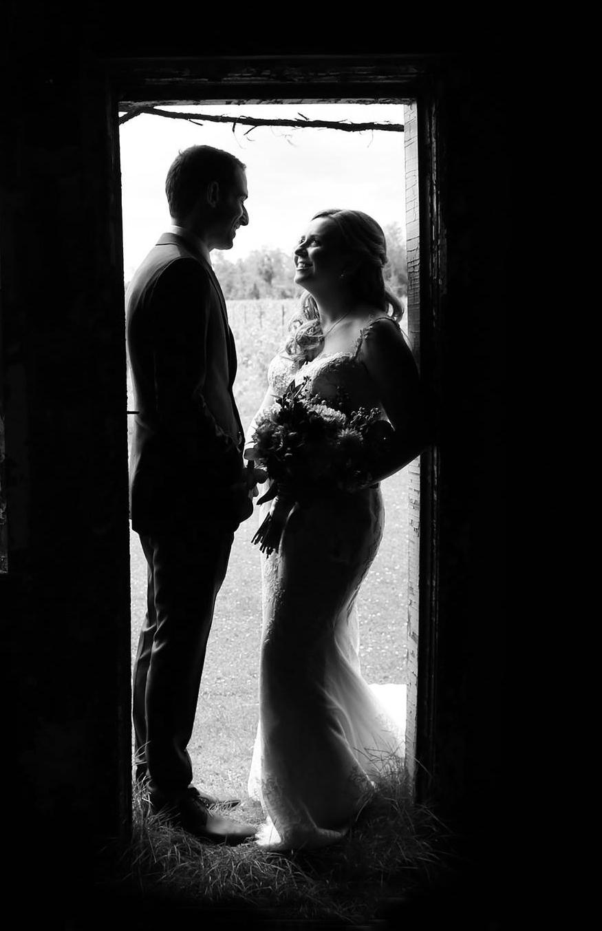 D&D Weddings - TORONTO & SURROUNDING AREASPhoto: Fotogirl