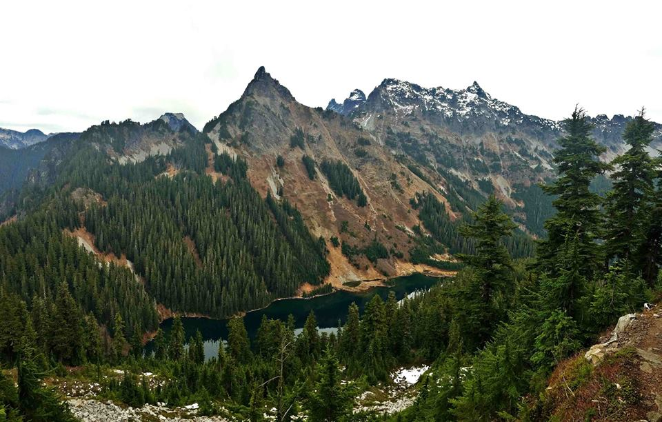 The PCT weaves its way around Joe Lake