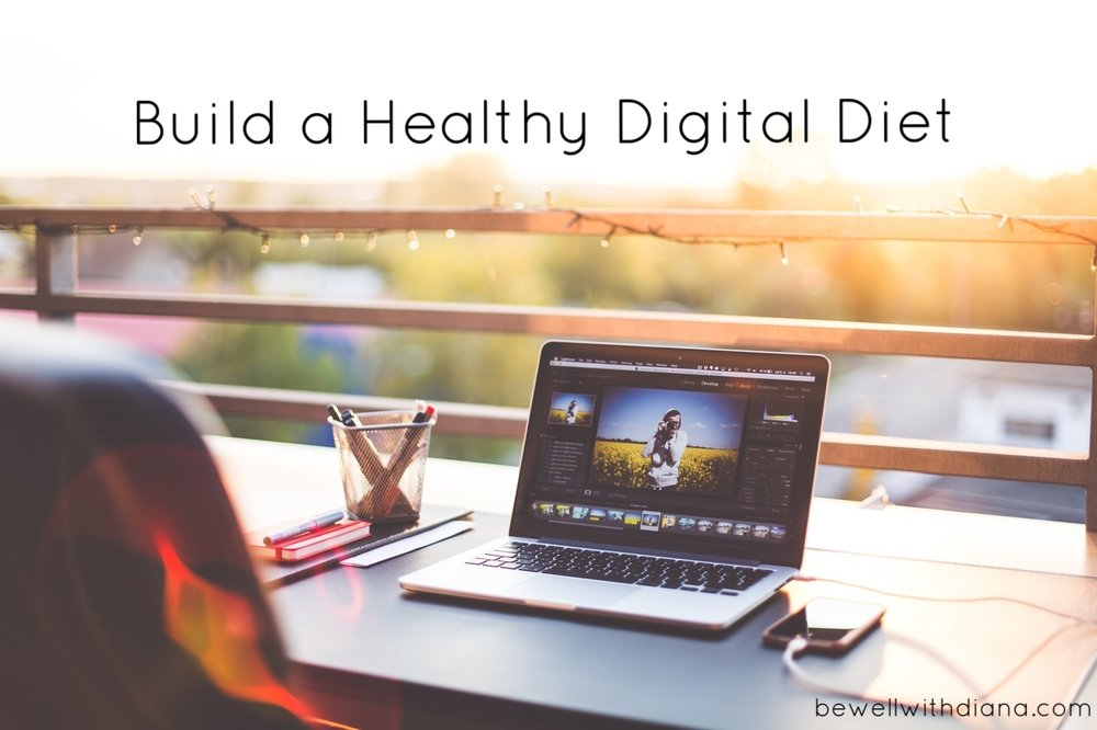 laptop on desk - healthy digital diet