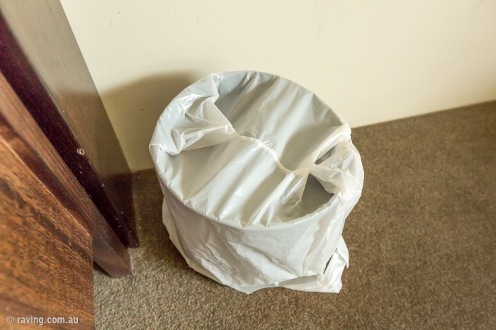 Picture of plastic bag on bin