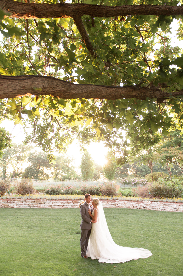 Natalie+Brendan_dallas arboritum_mattandjulieweddings_southernweddings_dallasweddings_041