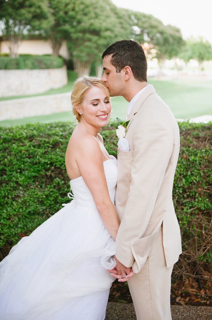 Allie+Brett_fourseasonsdallas_mattandjulieweddings_southernweddings_dallasweddings_thesoutherntable147