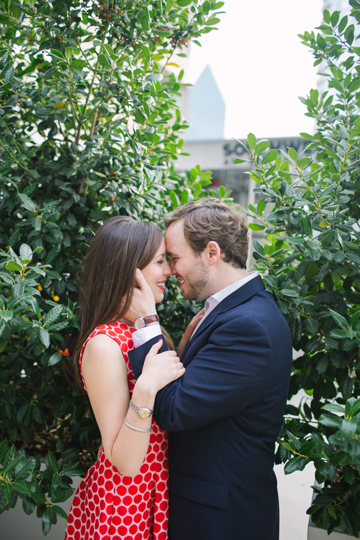 mattandjulieweddings_dallasweddingphotographers_dallasweddingphotography_Texasweddingphotographers_southernweddings_DowntownDallasengagements10