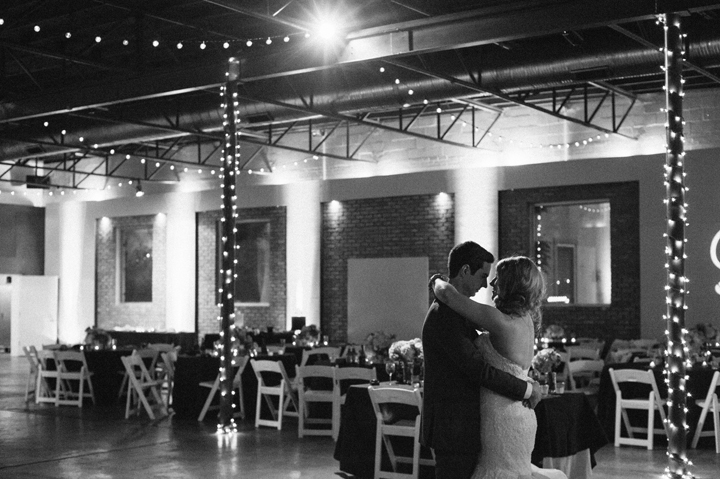 mattandjulieweddings_dallasweddingphotographer_dallasweddingphotography_Texasweddingphotographers_southernweddings_grodesigns39
