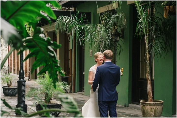 mattandjulieweddings_NOLAwedding_dallasweddingphotographers_neworleanswedding_mattandjulieweddings_secondline_0129
