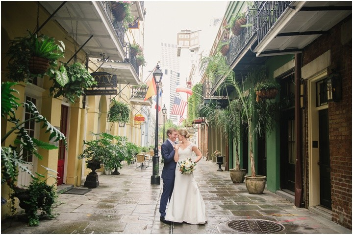 mattandjulieweddings_NOLAwedding_dallasweddingphotographers_neworleanswedding_mattandjulieweddings_secondline_0132