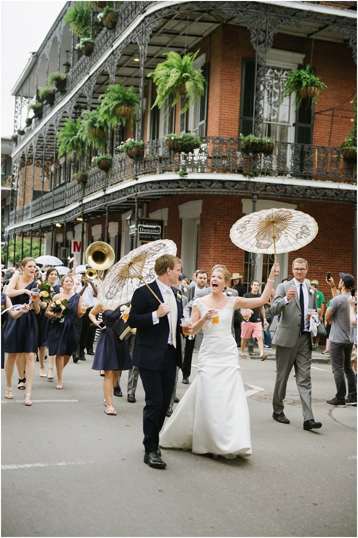 mattandjulieweddings_NOLAwedding_dallasweddingphotographers_neworleanswedding_mattandjulieweddings_secondline_0148