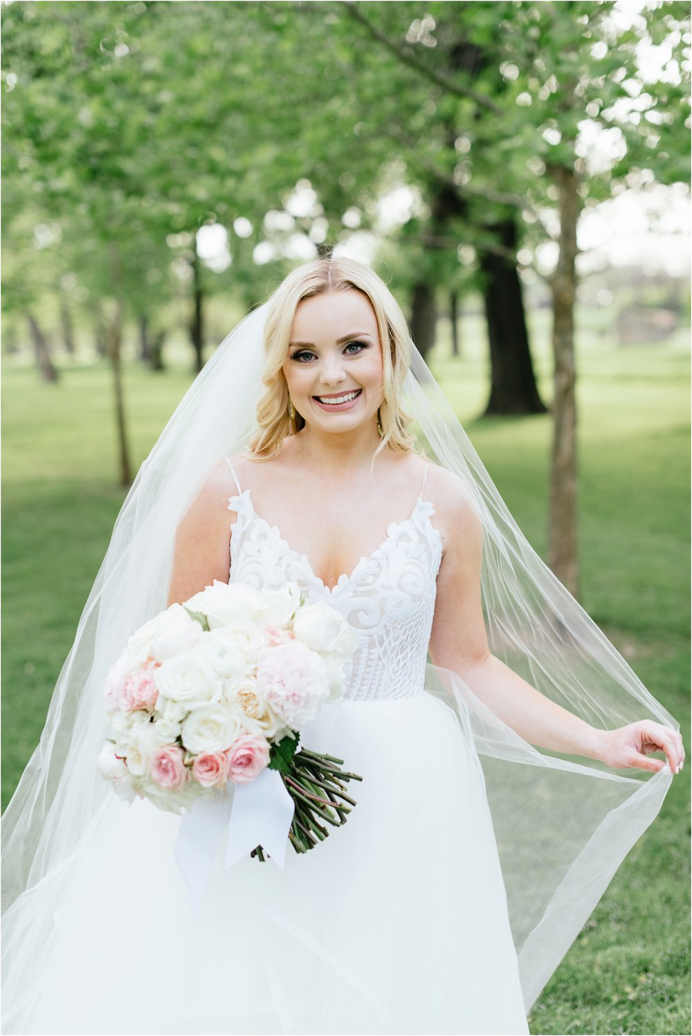 dallasweddingphotographer_texasweddingphotographer_mattandjulieweddings_modernfortworth_fortworthweddingphotographer_0877.jpg