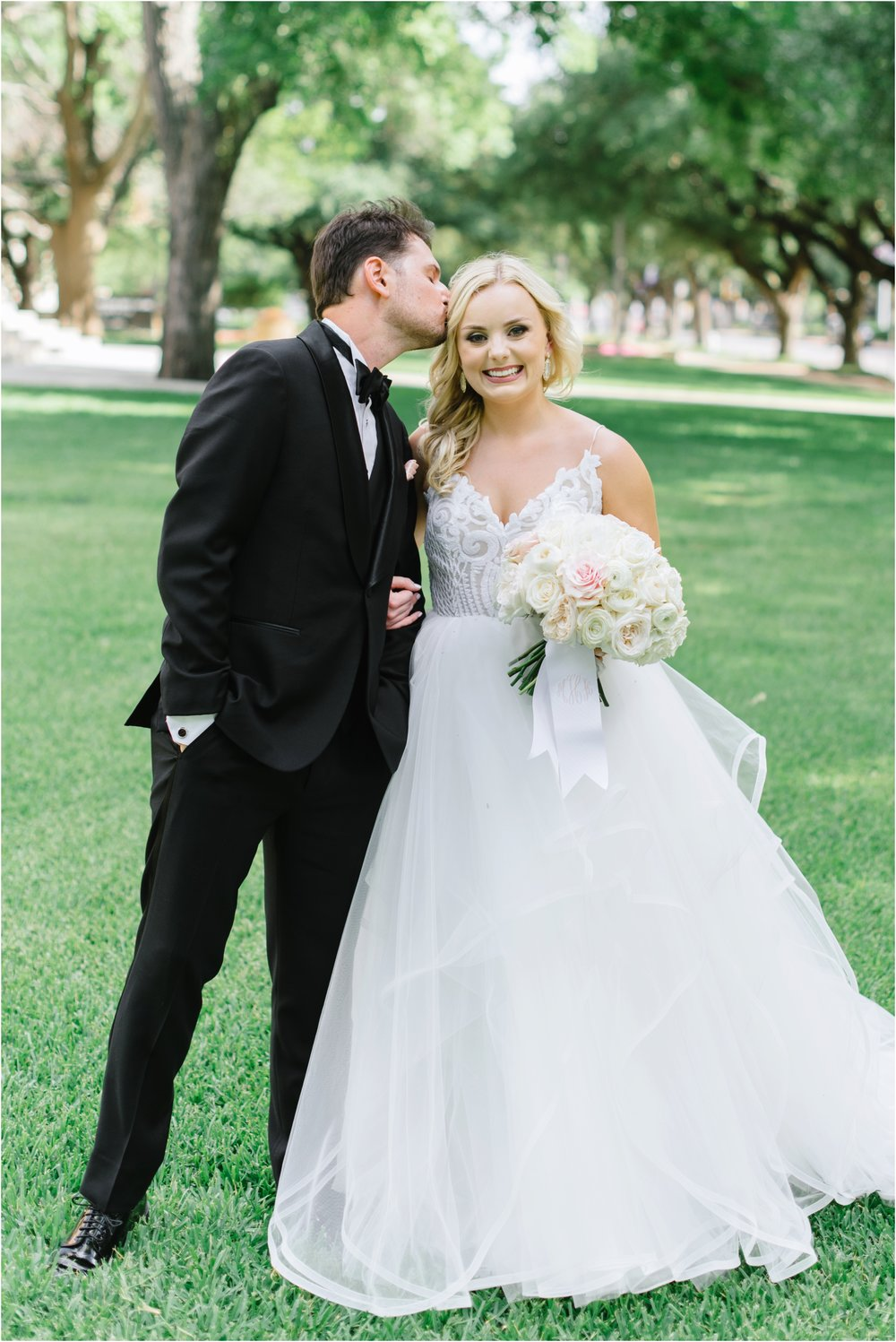 dallasweddingphotographer_fortworthweddingphotographer_texasweddingphotographer_mattandjulieweddings_0011.jpg
