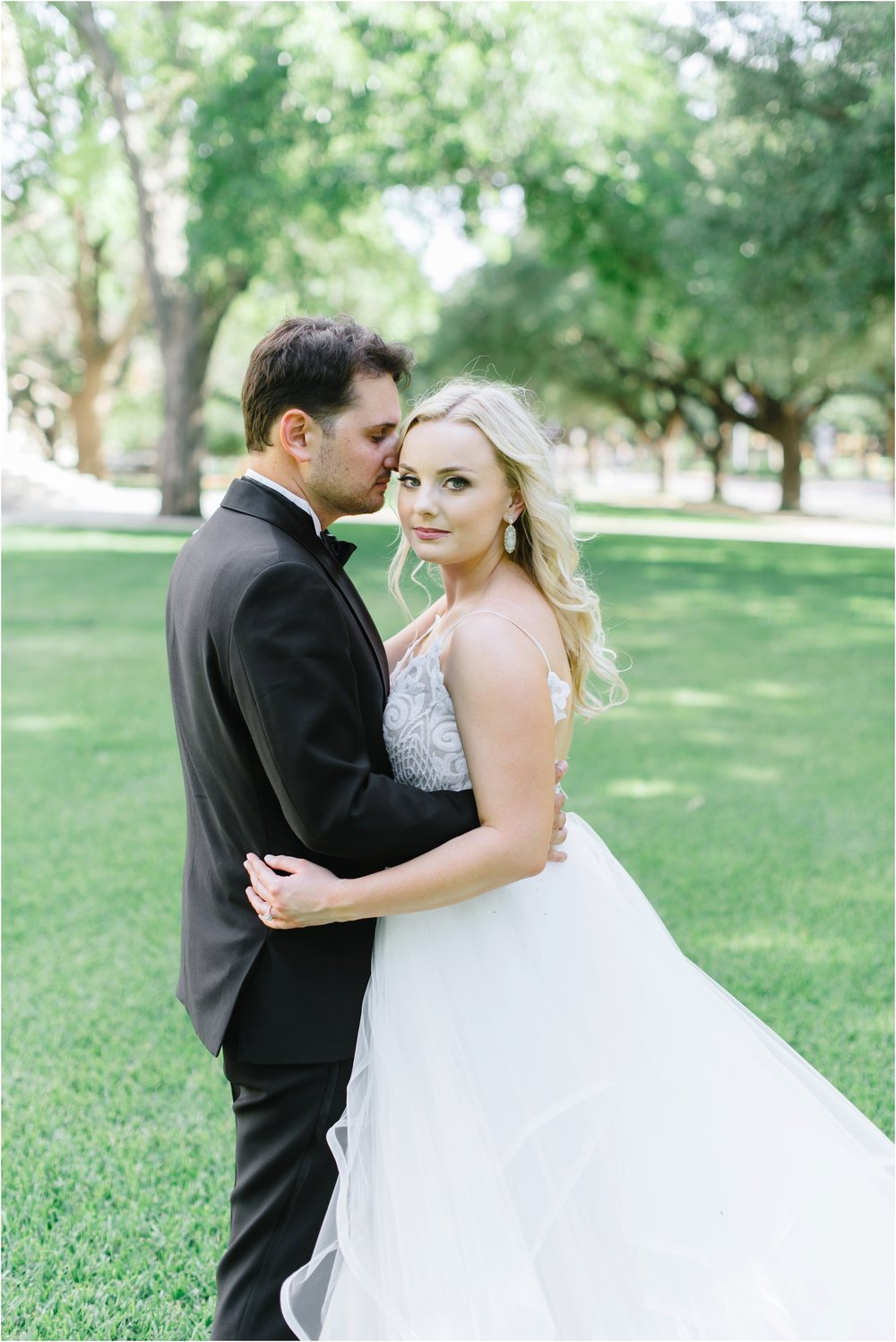 dallasweddingphotographer_fortworthweddingphotographer_texasweddingphotographer_mattandjulieweddings_0012.jpg