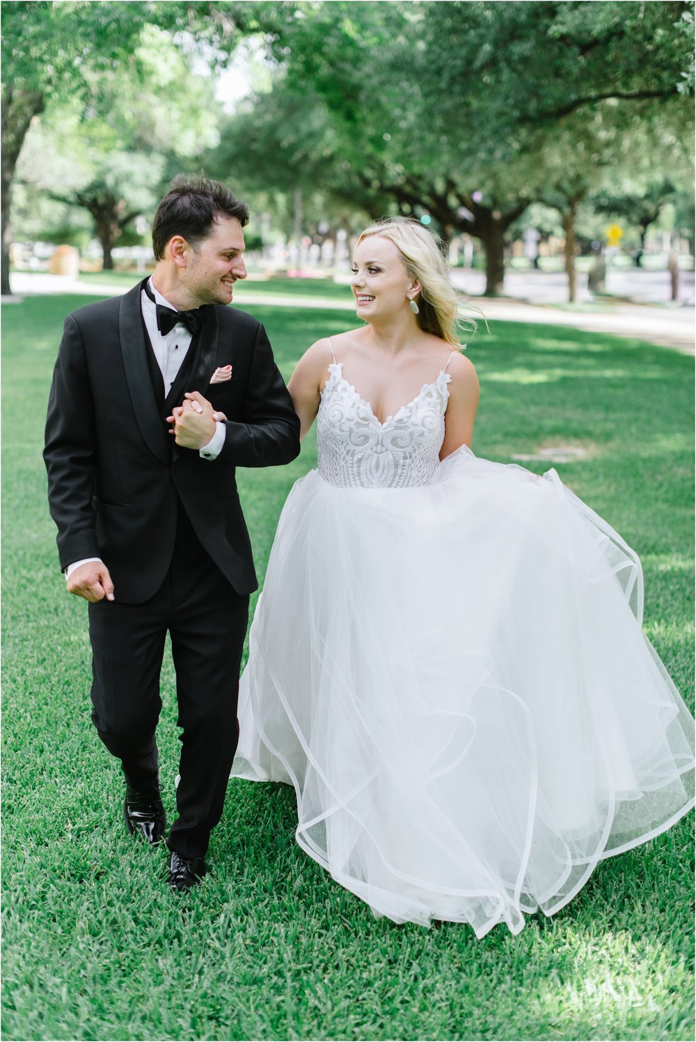 dallasweddingphotographer_fortworthweddingphotographer_texasweddingphotographer_mattandjulieweddings_0013.jpg