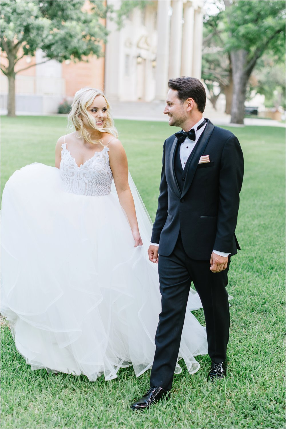 dallasweddingphotographer_fortworthweddingphotographer_texasweddingphotographer_mattandjulieweddings_0043.jpg