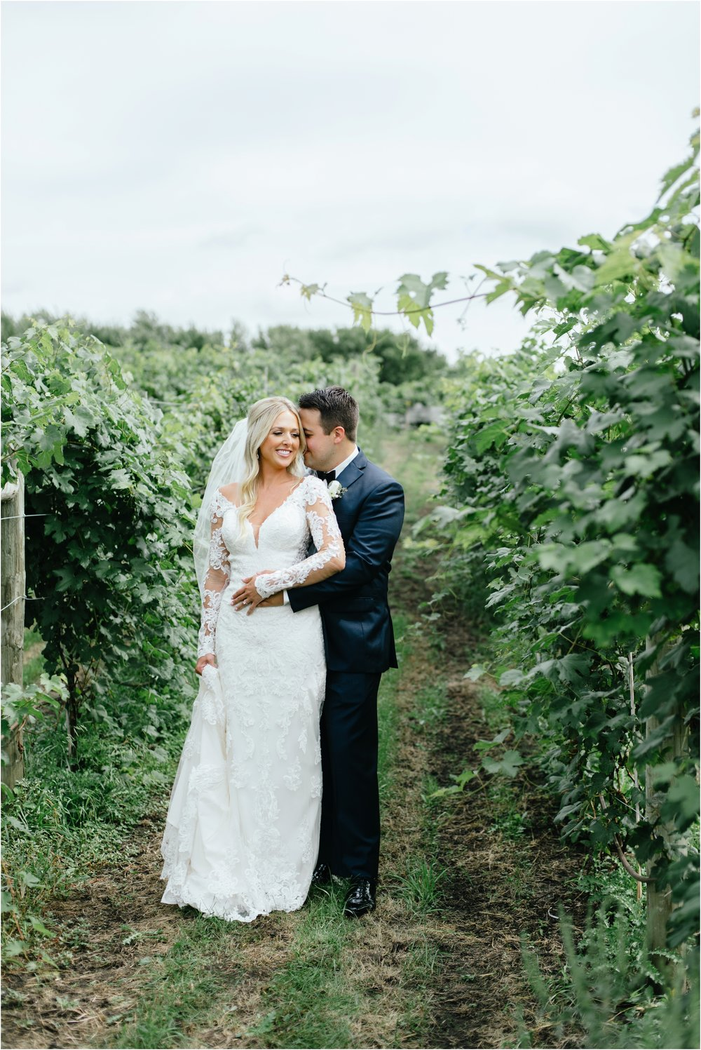 dallasweddingphotographer_fortworthweddingphotographer_texasweddingphotographer_mattandjulieweddings_vinyardwedding_Chelsey+Tom_0012.jpg