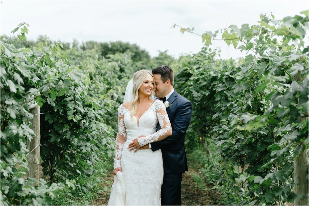dallasweddingphotographer_fortworthweddingphotographer_texasweddingphotographer_mattandjulieweddings_vinyardwedding_Chelsey+Tom_0015.jpg