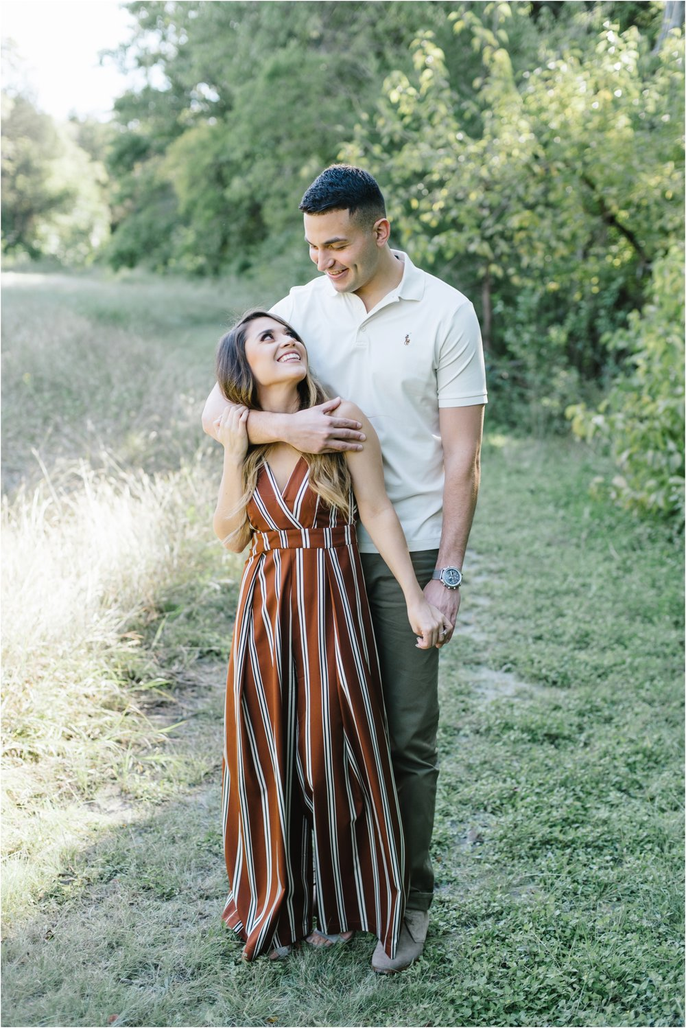 dallasweddingphotographer_Ashley+Adrian_WhiteRockLakeEngagement_0002.jpg