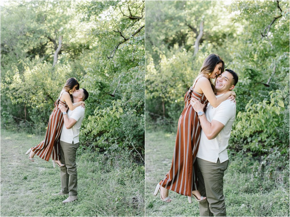 dallasweddingphotographer_Ashley+Adrian_WhiteRockLakeEngagement_0006.jpg