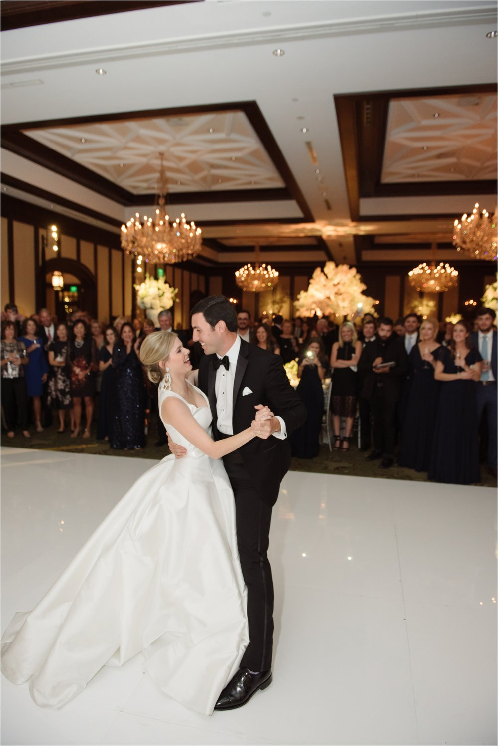 dallasweddingphotographer_DallasCountryClub_Hannah+Matthew_0044.jpg