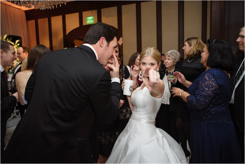 dallasweddingphotographer_DallasCountryClub_Hannah+Matthew_0052.jpg