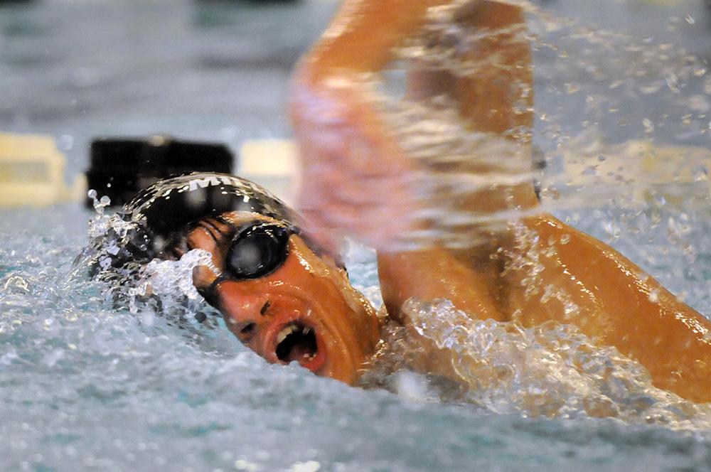Swimming011B.jpg