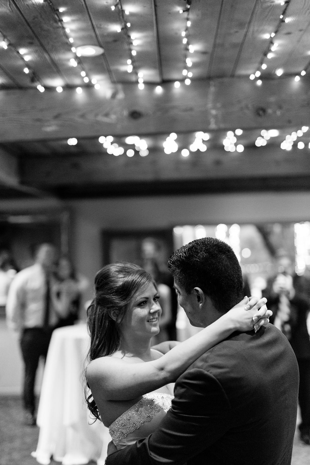 calamigos-ranch-malibu-wedding-first-dance.jpeg