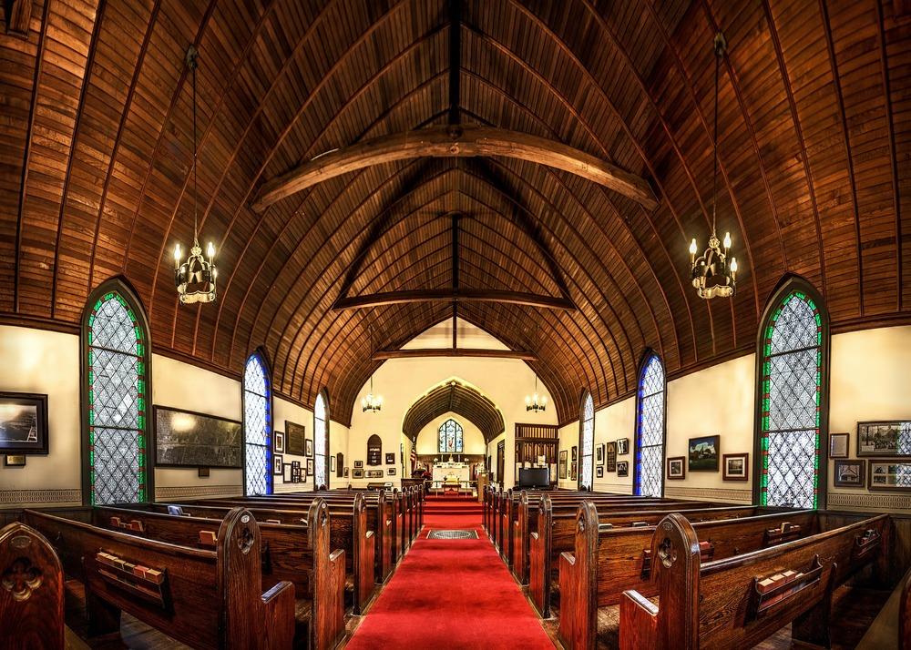 church-581061_1920.jpg