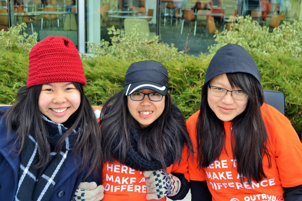 Outrun the Stigma Calgary Volunteers, 2017. Photos by Agnes Anna Visan.