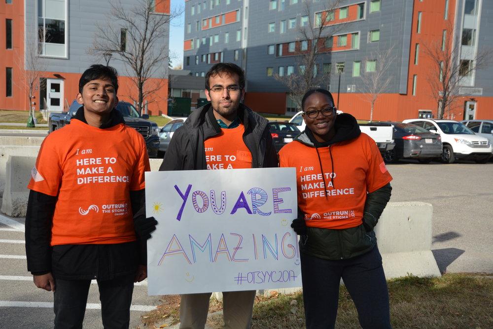 Outrun the Stigma Calgary 2017 Volunteers. Photo by Sarah Tao.