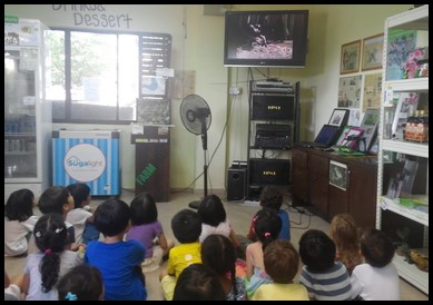 The children were shown a short video on frogs and their diet. They learnt that frogs are carnivores and eat different animals like insects, spiders and sometimes can be cannibalistic and eat small frogs.