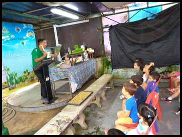 He explained that consuming wheatgrass helps in removing toxins from the body and it is normally consumed as juice.