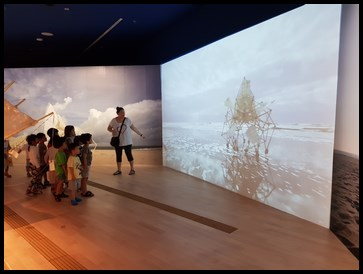 The children had the opportunity to watch videos of the different strandbeests moving on actual beaches.