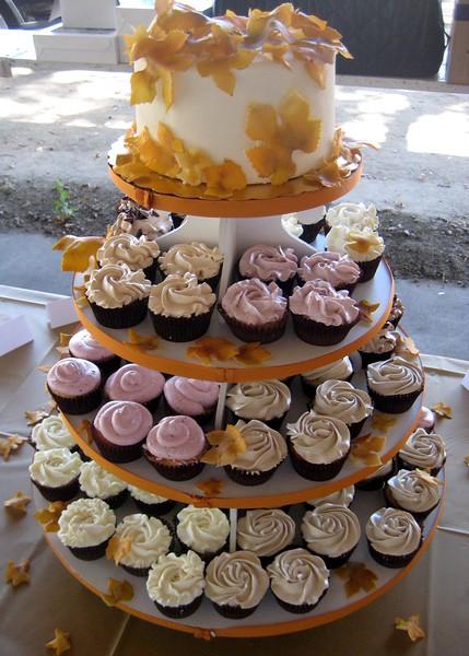 Autumn Cupcakes-L.jpg