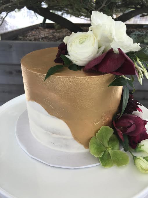 Semi Naked gold cake.jpg