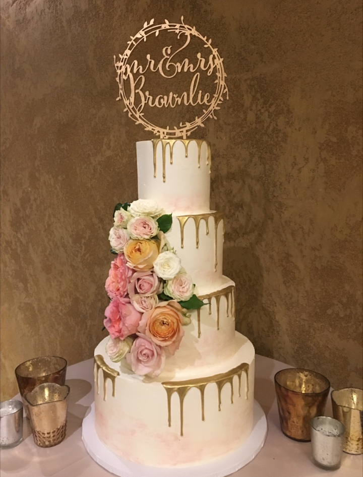 Blush and Gold Drip Cake (4Tiers).png